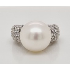 18ct white gold South sea pearl and diamond ring