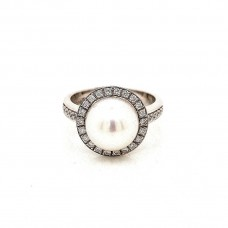18ct White Gold South Sea Pearl and Diamond Ladies Ring
